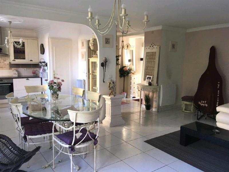 Sale house / villa Taverny 355000€ - Picture 2