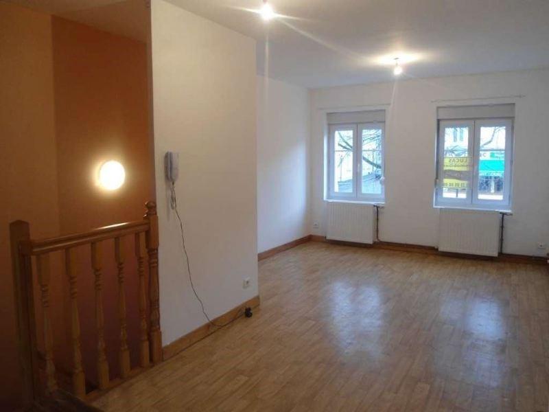 Rental apartment St quentin 490€ CC - Picture 1