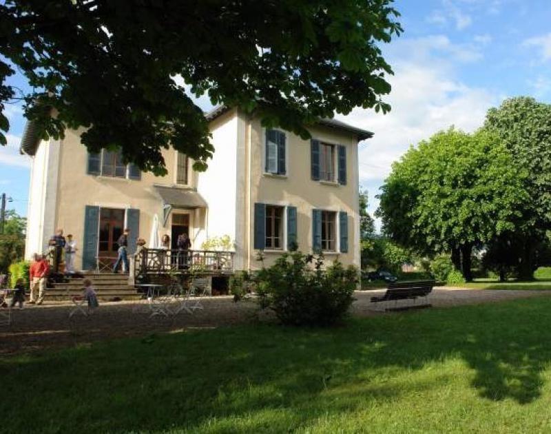 Vente maison / villa Voiron 420000€ - Photo 1