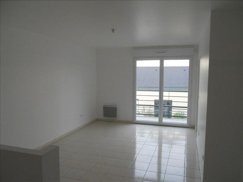 Rental apartment Noisy le grand 803€ CC - Picture 1