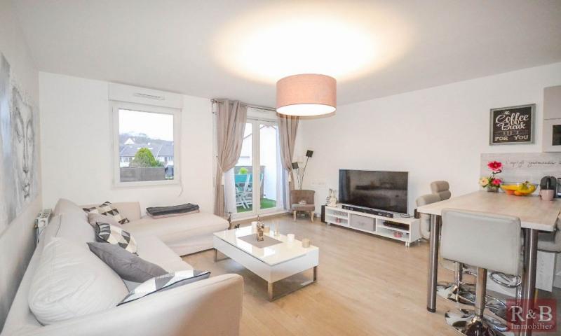 Sale apartment Les clayes sous bois 313950€ - Picture 2