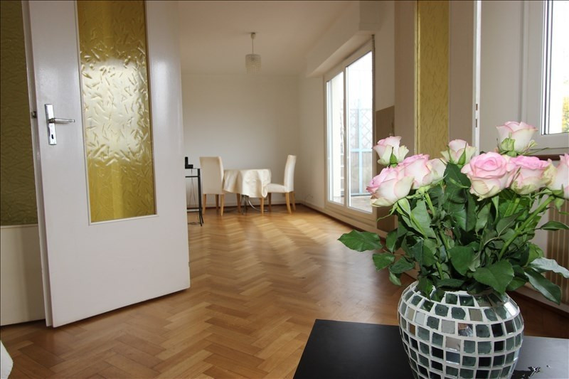 Sale apartment Strasbourg 212 000€ - Picture 2