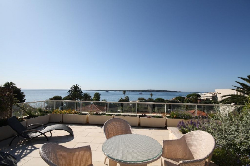Deluxe sale apartment Cannes 1 990 000€ - Picture 1