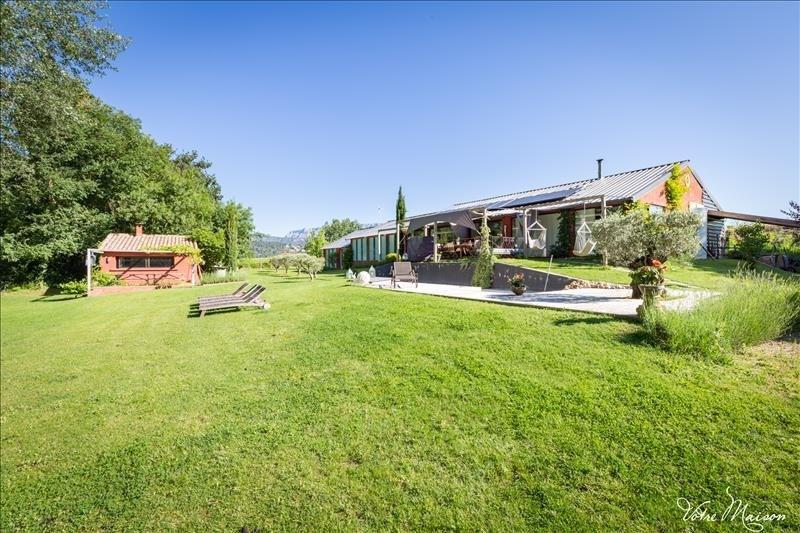 Deluxe sale house / villa Rousset 695000€ - Picture 4