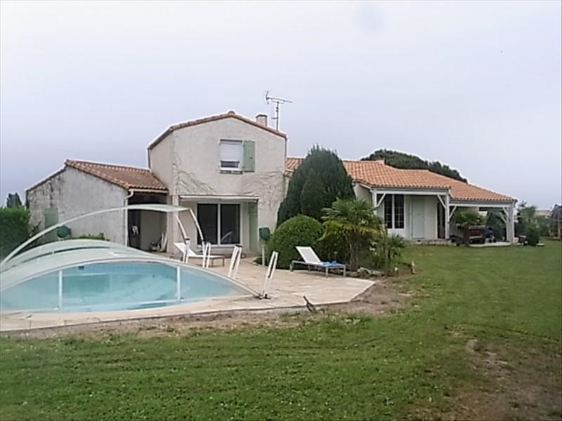Vente maison / villa Breuillet 390 500€ - Photo 1