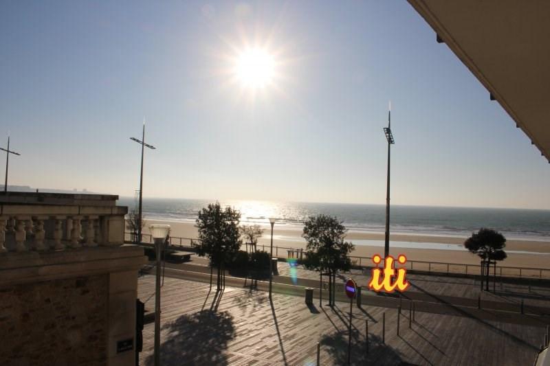 Sale apartment Les sables d olonne 220500€ - Picture 1