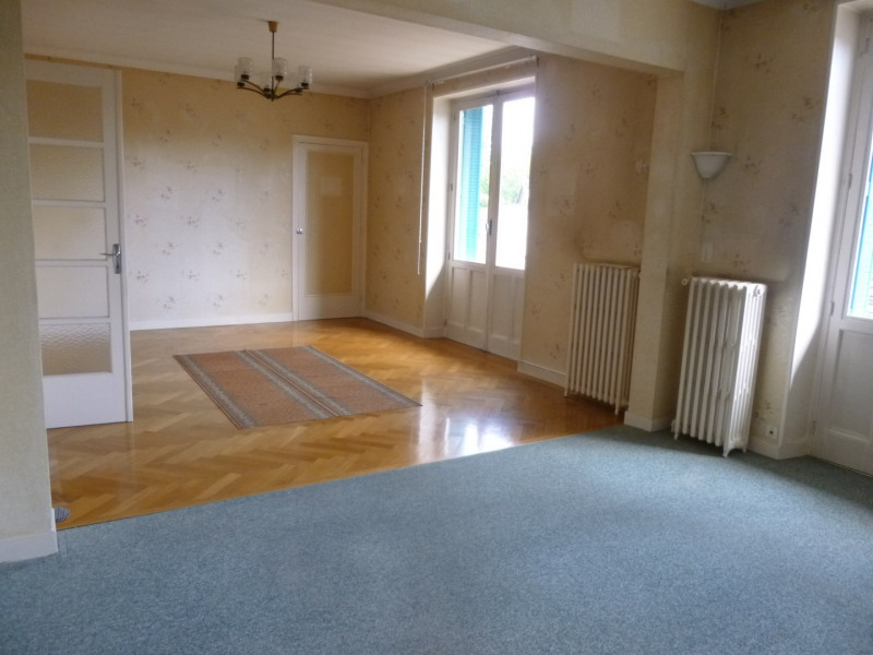 Vente appartement Lons-le-saunier 138 000€ - Photo 2