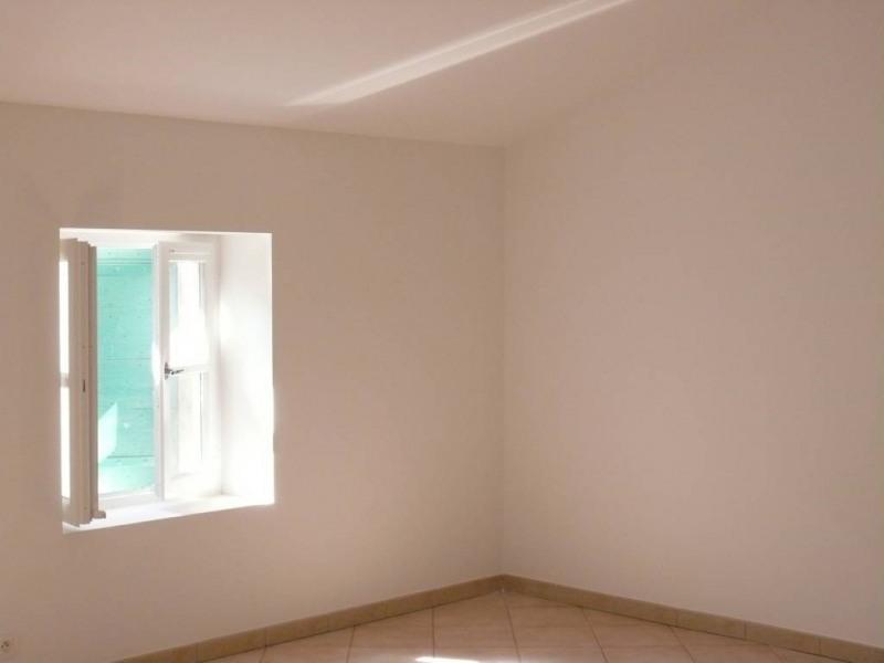 Rental apartment Villeneuve-les-avignon 950€ CC - Picture 3
