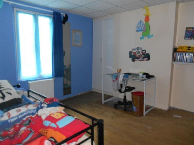 Sale house / villa Breteuil 142000€ - Picture 7