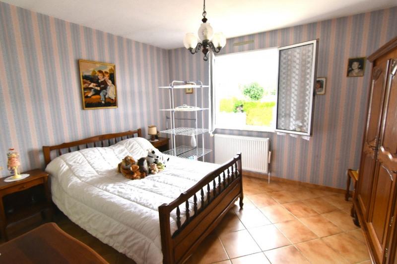 Vente maison / villa Bornel 303800€ - Photo 3