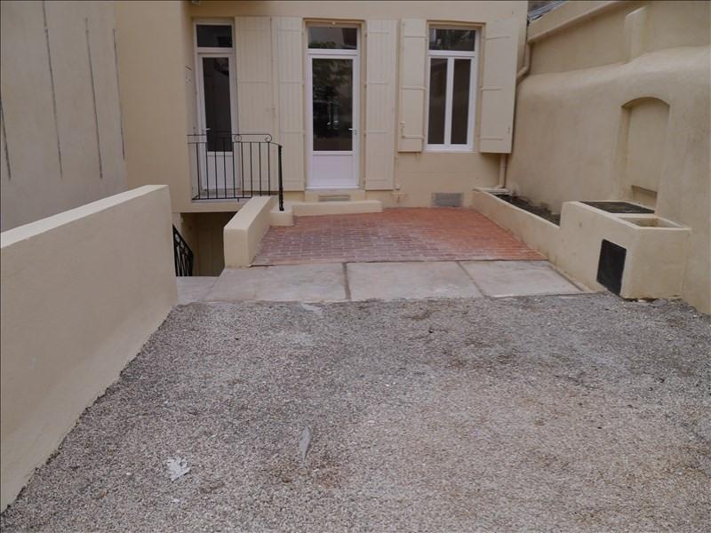 Rental apartment Marseille 1er 690€ CC - Picture 1