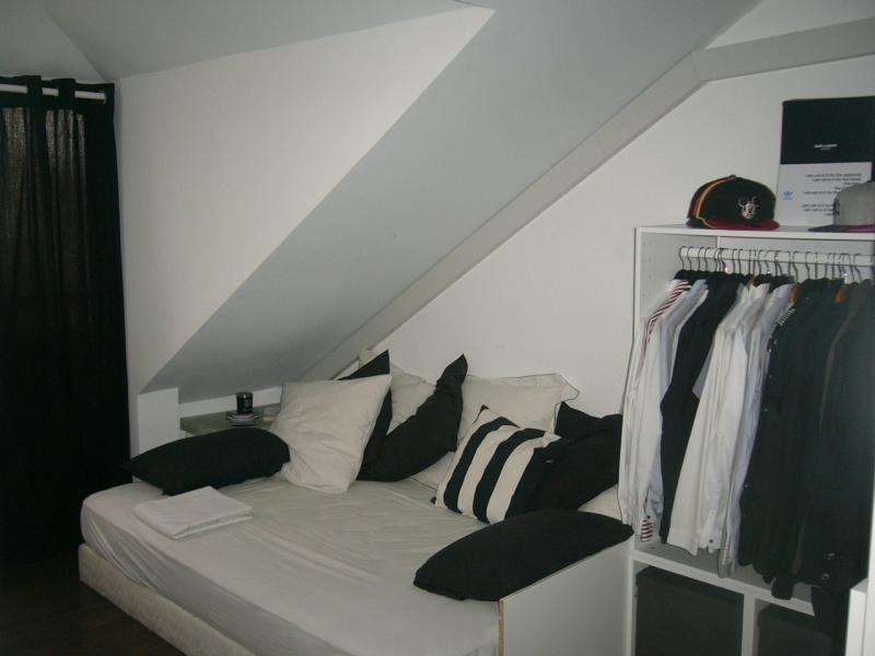 Rental apartment St denis 820€ CC - Picture 5