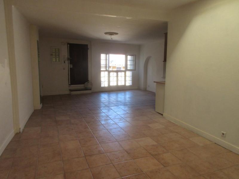 Rental apartment Aix-en-provence 943€ CC - Picture 1