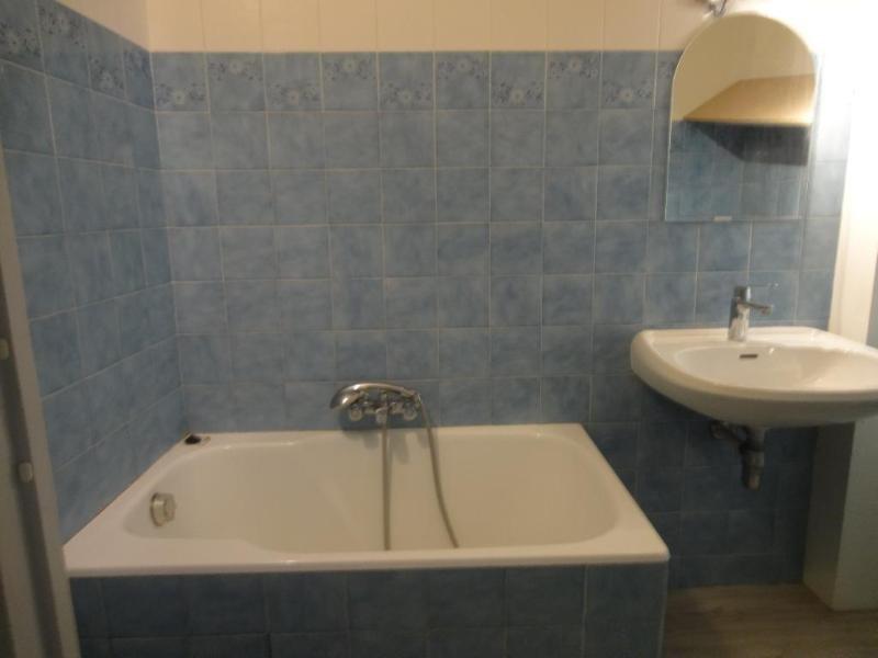 Location appartement Aix en provence 970€ CC - Photo 8