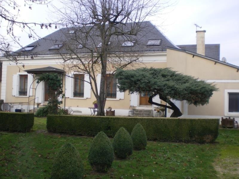 Revenda edifício Dourdan 632000€ - Fotografia 1