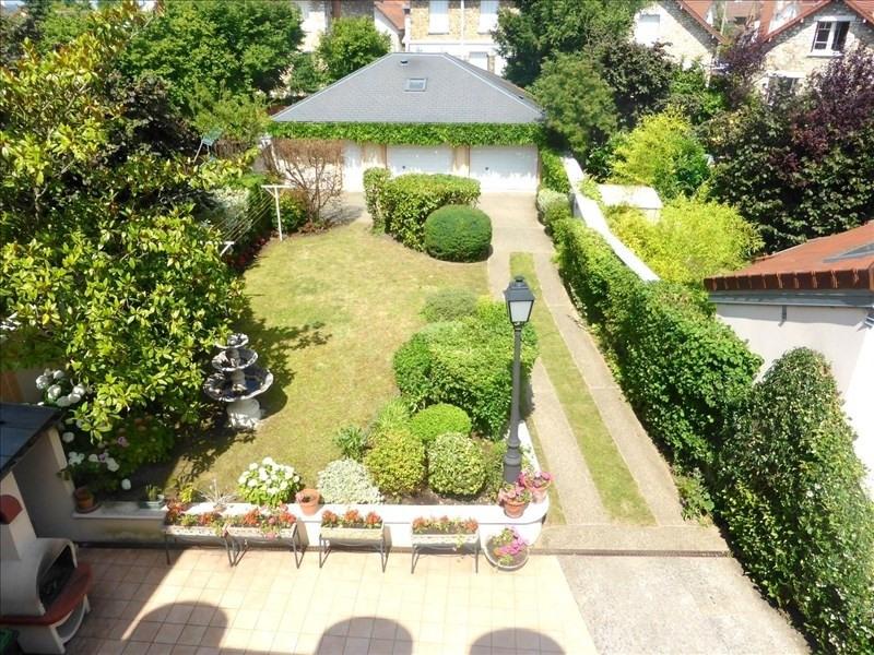 Sale house / villa Eaubonne 650000€ - Picture 1