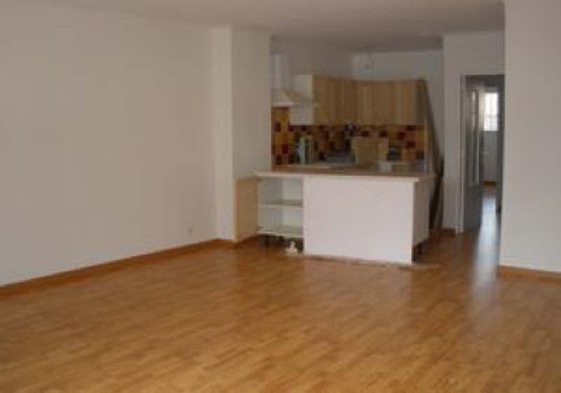 Rental apartment Salon de provence 735€ CC - Picture 2