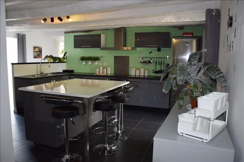 Sale house / villa Guegon 339625€ - Picture 9