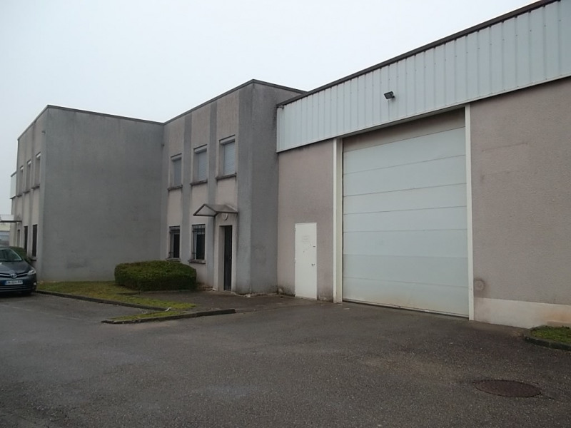 Location local commercial Chassieu 1 300€ HC - Photo 1