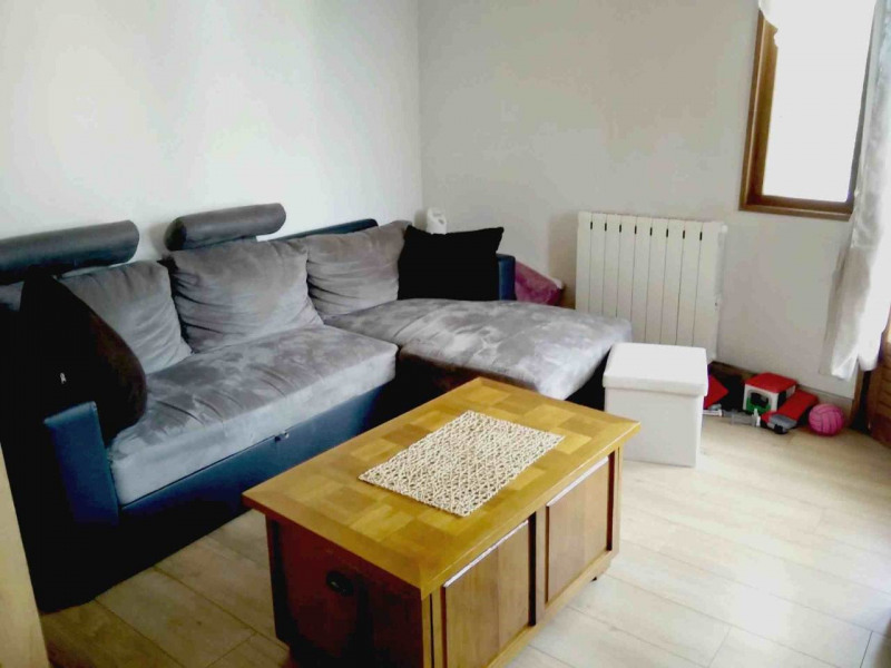 Sale apartment Faverges 139 000€ - Picture 2