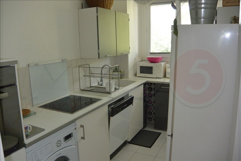Sale apartment Le raincy 228000€ - Picture 8
