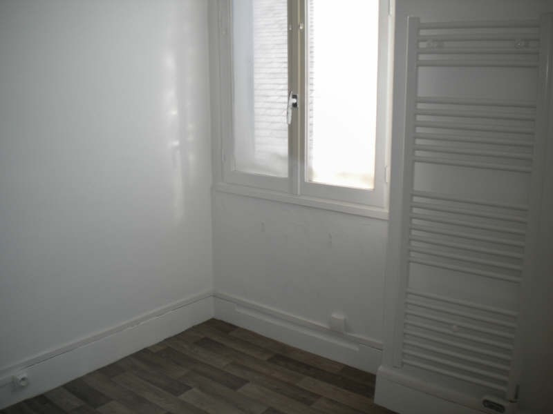 Location appartement Vendome 355€ CC - Photo 4