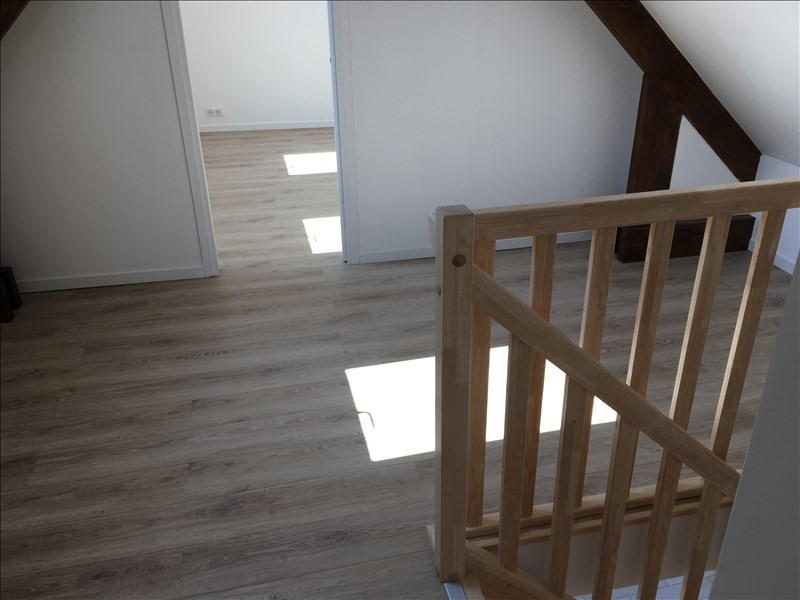 Location appartement Etrepilly 895€ CC - Photo 7