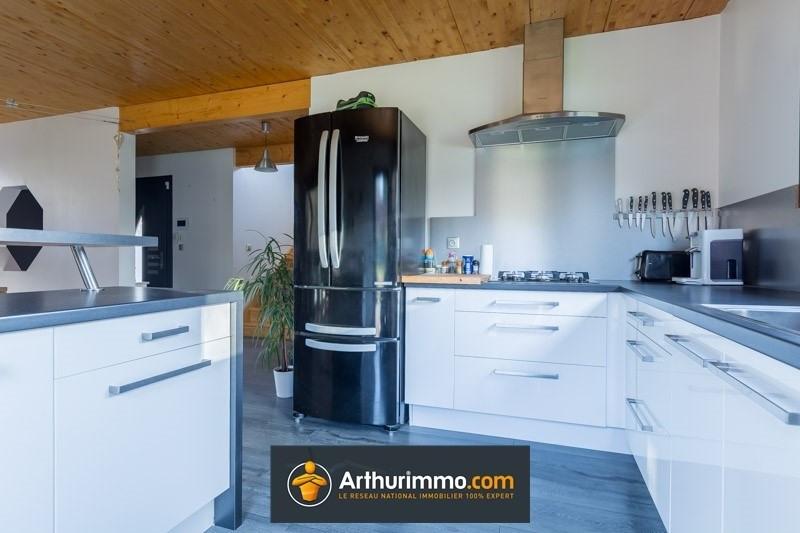 Sale house / villa Les avenieres 357075€ - Picture 4