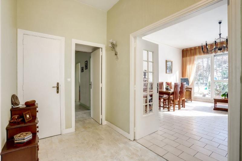 Sale apartment Courbevoie 894400€ - Picture 3