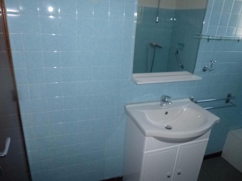 Rental apartment Entraigues sur la sorgue 780€ CC - Picture 13