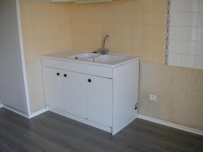Rental apartment Bellignat 424€ CC - Picture 3