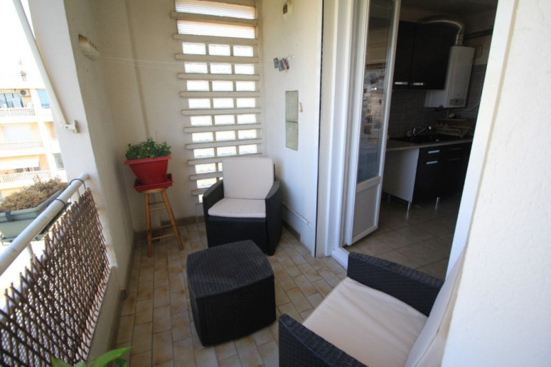 Vente appartement Beaucaire 80 000€ - Photo 8