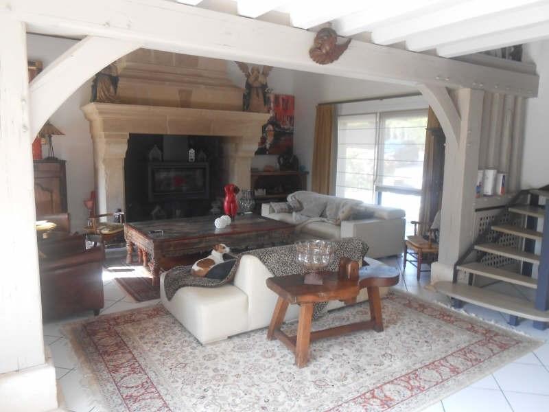 Deluxe sale house / villa La riviere st sauveur 786600€ - Picture 2