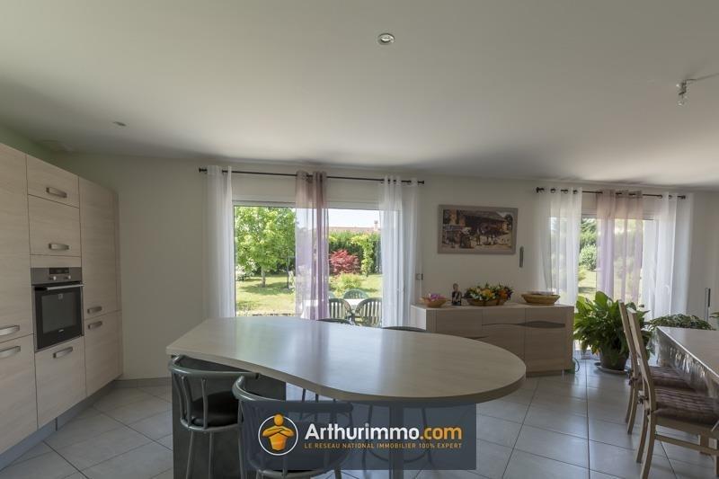 Sale house / villa Morestel 313000€ - Picture 7
