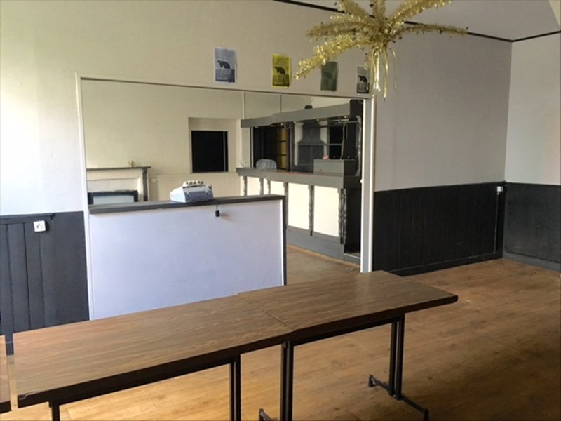 Vente local commercial Fougeres 157200€ - Photo 2
