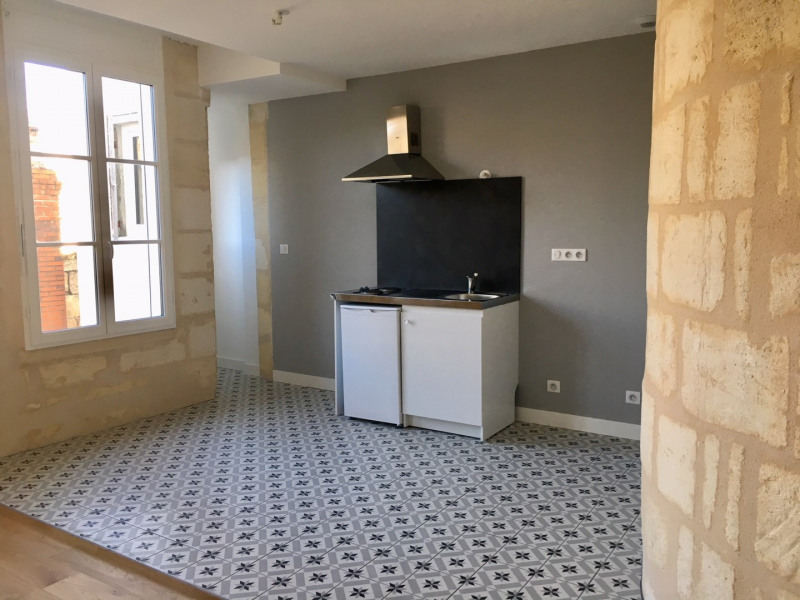 Sale apartment Bordeaux 370 000€ - Picture 2