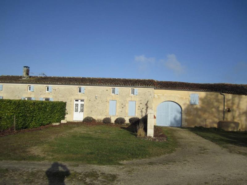Vente maison / villa Barbezieux-saint-hilaire 275600€ - Photo 2