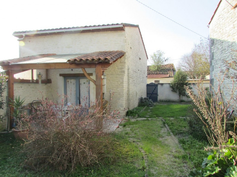 Vente maison / villa Aigre 77000€ - Photo 1
