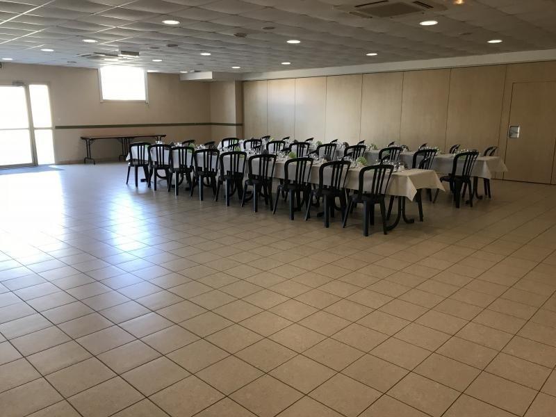 Sale empty room/storage La salle et chapelle aubr 210900€ - Picture 2