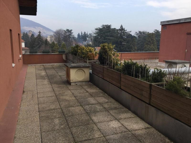 Location appartement Couzon au mont d or 1 262€ CC - Photo 4