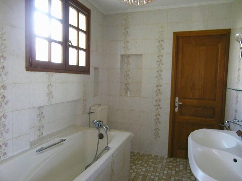 Sale house / villa Agen 325000€ - Picture 6