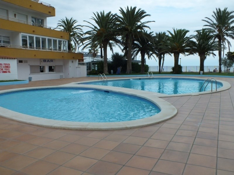 Location vacances appartement Roses santa-margarita 384€ - Photo 2