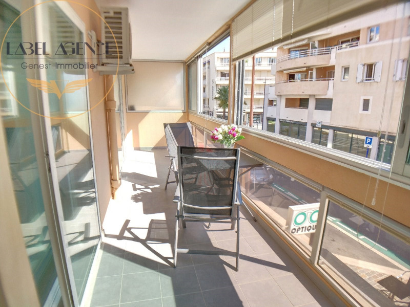 Sale apartment Ste maxime 230 000€ - Picture 1