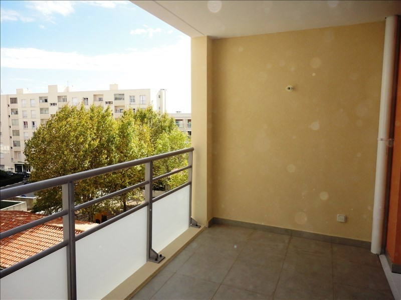 Locação apartamento Toulon 574€ CC - Fotografia 2