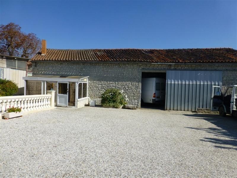 Sale house / villa Aulnay 69900€ - Picture 5