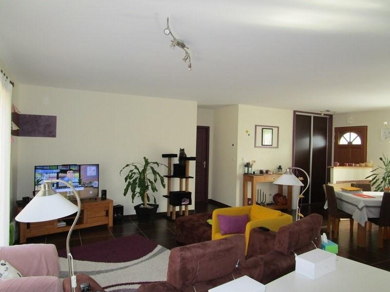 Vente maison / villa St jean d estissac 189000€ - Photo 6