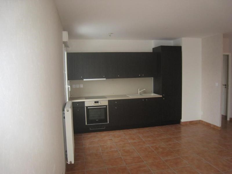 Location appartement Reignier-esery 770€ CC - Photo 3