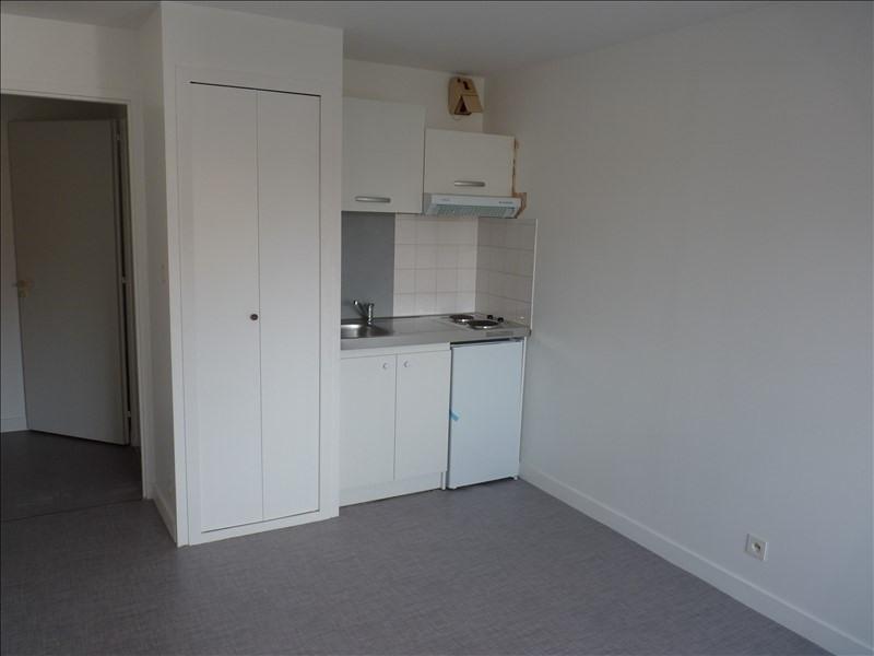 Location appartement La roche sur yon 373€ CC - Photo 3
