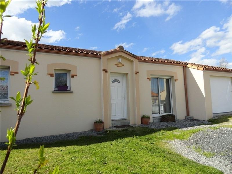 Sale house / villa St germain sur moine 159900€ - Picture 2
