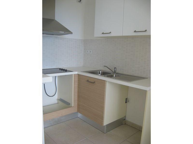 Location appartement Ste clotilde 700€ CC - Photo 5